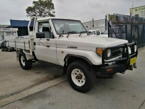1999 Toyota Landcruiser FZJ75RP (4x4) White 5 Speed Manual 4x4 Cab Chassis