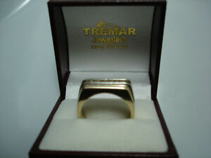 MANS GOLD & DIAMOND RING Kitchener / Waterloo Kitchener Area image 3