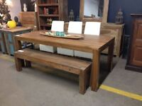 DINING TABLE - WAREHOUSE CLEARANCE END OF STOCK
