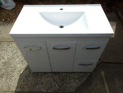 Bathroom Sinks Gumtree bathroom vanities: vanity units & bathroom mirrors | gumtree