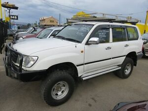 2000 Toyota Landcruiser 100 Series GXL White 4 Speed Automatic Wagon Reynella Morphett Vale Area Preview