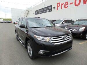 2013 Toyota Highlander SPORT | Leather | Sunroof | Bluetooth