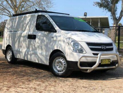 2012 Hyundai iLOAD TQ2-V MY13 Crew Cab White 5 Speed Automatic Van Wodonga Wodonga Area Preview
