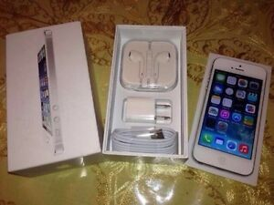 APPLE IPHONE 5 WHITE 16GB (BELL/VIRGIN)