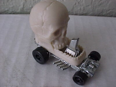 Hot Wheels Redlines Era Zowees Numb Skull
