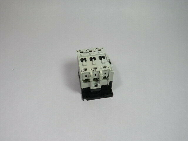 Danfoss 037H6087 Contactor 110V Coil 80 Amp 600Vac  USED