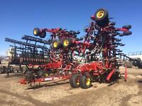 2011 Bourgault 3310 66' AIR DRILL -- ON SALE!