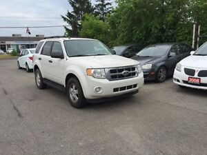 2009 Ford Escape XLT 4X4! RUNNING BOARDS!