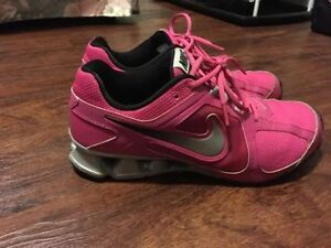 Pink Nike shocks (size 11) MINT condition