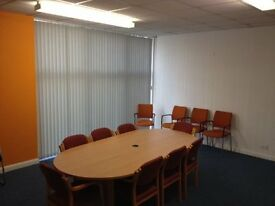 Convenient & LOOcal Working Space - HIre by the hour or by the day - Refreshments can be arranged