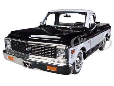1972 CHEVROLET CHEYENNE PICKUP TRUCK BLACK 1/24 DIECAST CAR MODEL BY JADA 96865