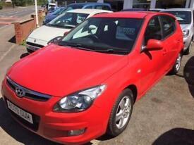 Hyundai i30 5 door petrol red 2009