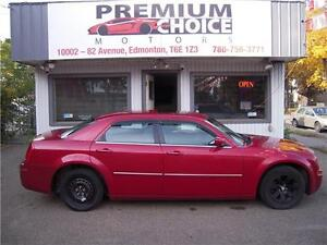 2007 Chrysler 300!NEWLY TRADED IN**WILL PAY $250 FOR REFERRALS!!