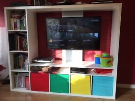TV Storage Unit LAPPLAND and 4 boxes