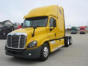 2012 FREIGHTLINER CASCADIA YELLOW FOR SALE!!