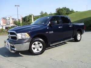 2013 RAM 1500 SXT HEMI 4X4 (PUSH BAR, TONNEAU COVER, SIDE STEPS,