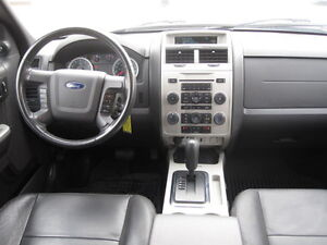 IMMACULATE !!! 2012 FORD ESCAPE London Ontario image 14