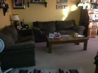 LARGE ROOM FOR RENT IN HOUSE