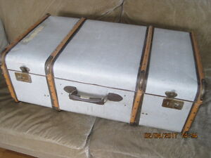 100+ Year Old Large Suitcase Wood Frame Iron Elbows Ex Cond