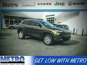 2015 Jeep Cherokee North PANORAMIC SUNROOF+BACK UP CAMERA