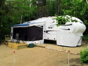 Fifth wheel Maxum Wild 27 pieds 2011