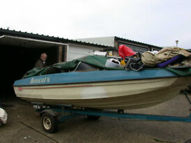18ft speedboat with trailer
