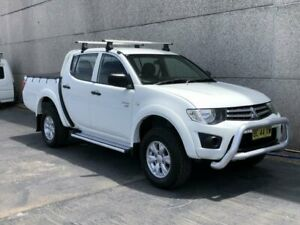 2010 Mitsubishi Triton MN MY10 GL-R (4x4) White 5 Speed Manual Double Cab Utility Revesby Bankstown Area Preview