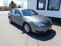2012 Chrysler 200 Touring(Remote Start!) only $131 bi-weekly!