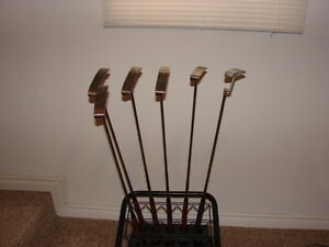 Brand new Putter Tad moore, Infinity and TNT in RH and LH Sarnia Sarnia Area image 3