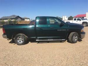2011 Ram 1500 SLT 5.7 Hemi New tires PST Paid Financing Warranty