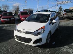 2014 Kia Rio EX GDI LOW LOW KMS ONLY $49 WKLY HEATED SEATS!!
