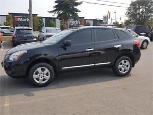 2012 Nissan Rogue..ABSOLUTELY MINT SHOWROOM CONDITION