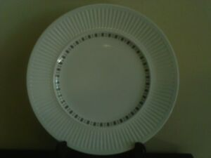 Mixed Dinnerware Set Athena & Athena Embassy by Johnson Bros.