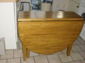 Gateleg dining table