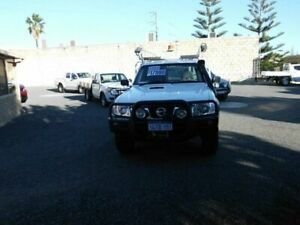 2014 Nissan Patrol MY14 DX (4x4) White 5 Speed Manual Leaf Cab Chassis South Fremantle Fremantle Area Preview