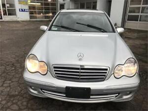 Mercedes 2007 c 230 Air climatisé vitre électrique mags