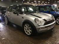 MINI COOPER 1.6 PETROL MANUAL 3 DOOR HATCHBACK SILVER AND BLACK GREAT DRIVE N ONE 1 SERIES A3 GOLF