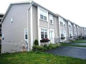12-095 The Ravines, Halifax  Bright Executive Townhome