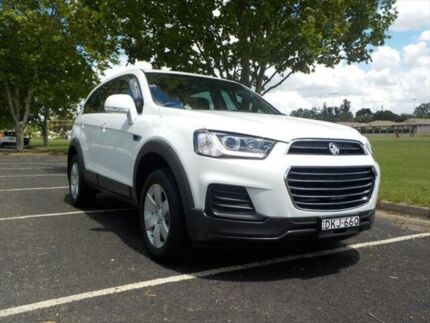 2016 Holden Captiva CG MY17 5 LS (fwd) White 6 Speed Automatic Wagon Armidale Armidale City Preview