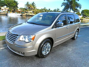 2008-Chrysler-Town-Country-4dr-Wgn-Limi