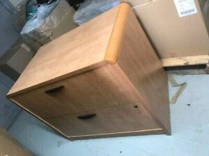 Filière en bois 2 tirois usagée / Used filing cabinet 2 drawers