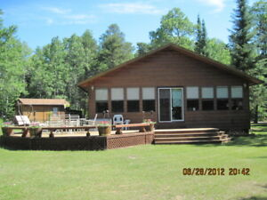 COTTAGE FOR SALE 30 EAST HAWK LAKE, ON.