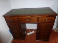 Desk - antik Mohogany: excellent condition: green leather top