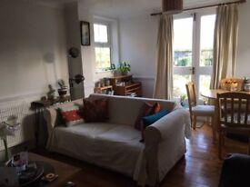 Double room in lovely split-level garden flat in Finsbury Park
