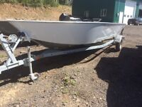 "2015 RIVER HAWK PRO-18 FULLY WELDED ALUMINUM 18"" BOAT"