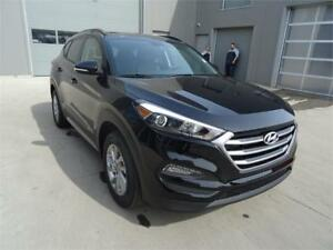 2018 Hyundai Tucson SE FWD WAS $31,281 NOW ONLY $25,488!!