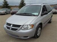 2005 Dodge Caravan SE***ONLY 86,000KM***RUNS GREAT***