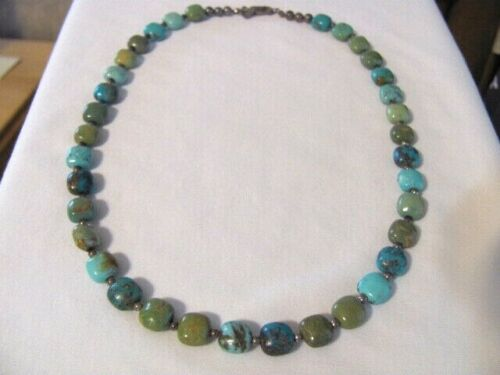 VINTAGE JAY KING DTR MINE FINDS GREEN AND BLUE TURQUOISE BEADS BEADED NECKLACE
