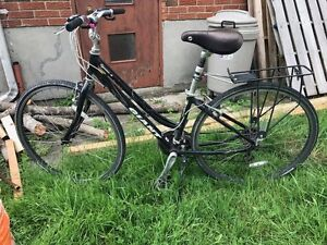 26 inch women's Giant 21 speed bicycle