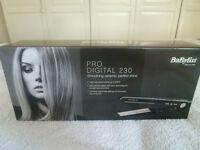 BABYLISS Pro Digital 230 (Model:2079U)Straight & Curl Hair Straightner Ceramic Styler...NEW...